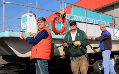 OLWQS Pontoon Boat receives final cleanup for 2018